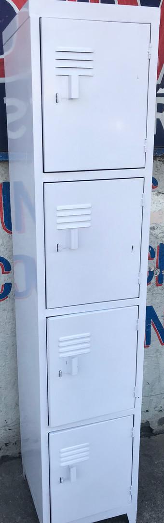 Lockers de 4 puertas