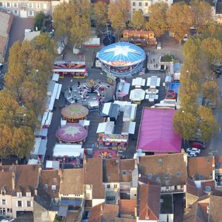 Place_Madeleine_-_Beaune_-_vue_de_la_Mon
