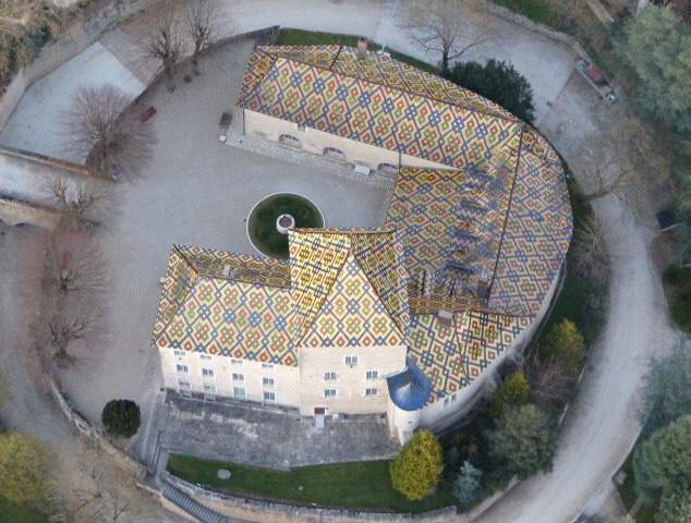 Le_Chateau_de_Santenay_en_Montgolfière.