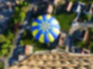 Vu_de_la_montgolfière_depuis_la_nacelle.