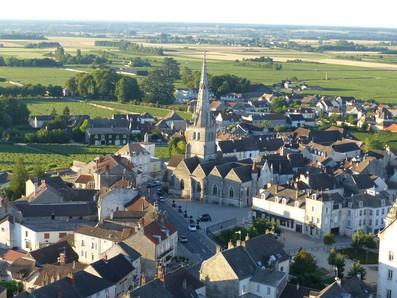 Meursault_Place_de_l'église.jpg