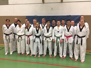 Fleißige Taekwondokas in Wattens