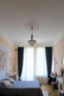 Декорирование на Петроградке от In Interior Studio, лепнина на потолке