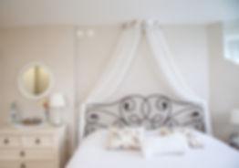 Спальная комната. Эмоции, обличенные в форму