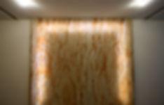 Декоративный короб с подсветкой из гибкого камня