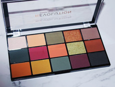 Current Obsession: Makeup Revolution Reloaded Division Palette