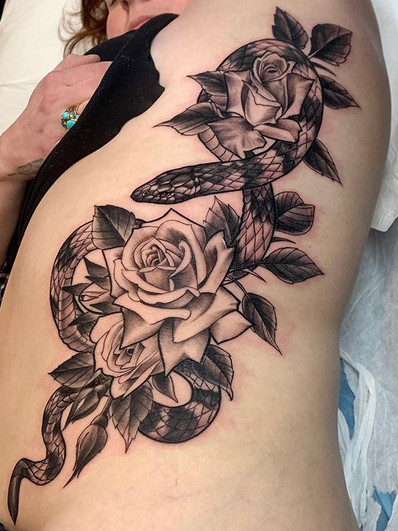 Sea snake and roses for Mary! 🌹.jpg