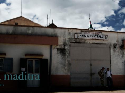 Antanimora-Tananarive-00a.jpg
