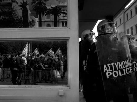 10-Demonstration-Debt-crisis-Greece-17-1