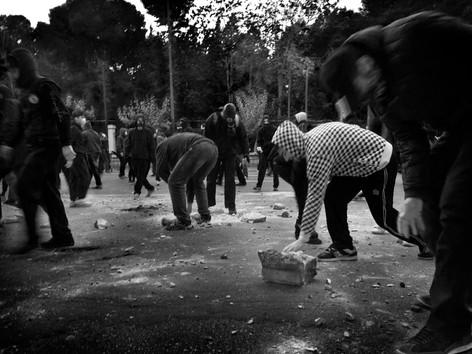 19-Demonstration-Debt-crisis-Greece-17-1