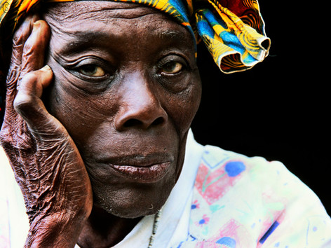 03-pocho grandmother_Malabo-05.jpg