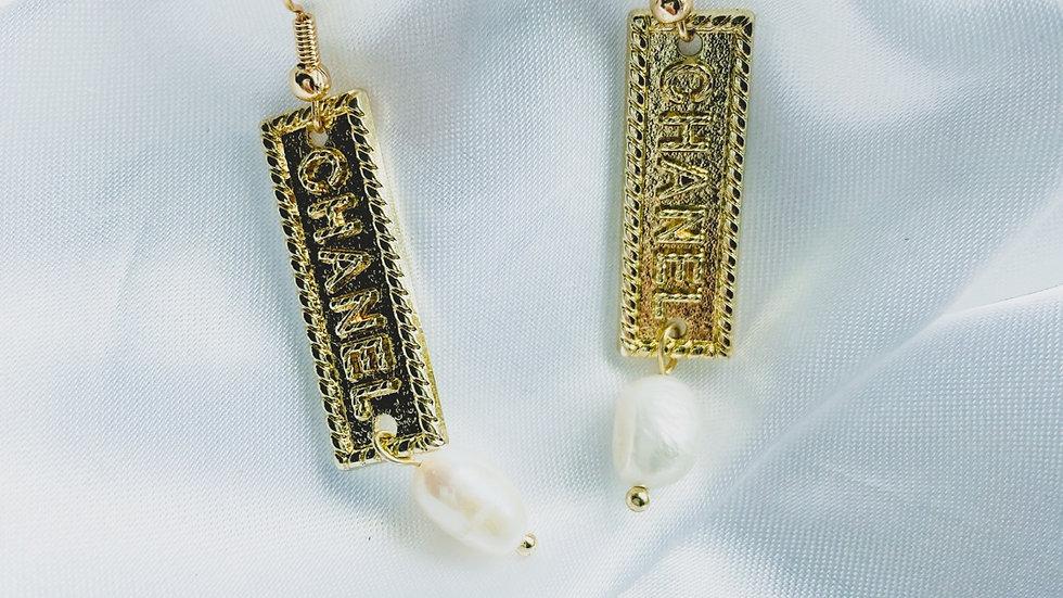 Simple CC Earrings
