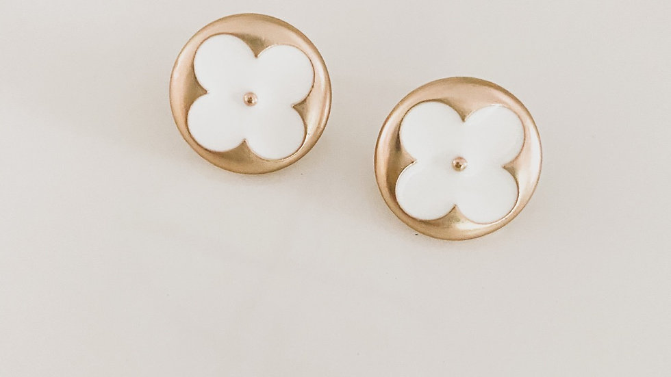 LV White Flowers Earrings