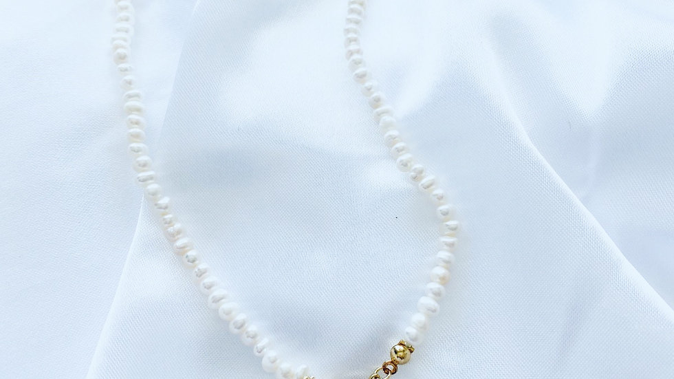 LV Pearl Necklace