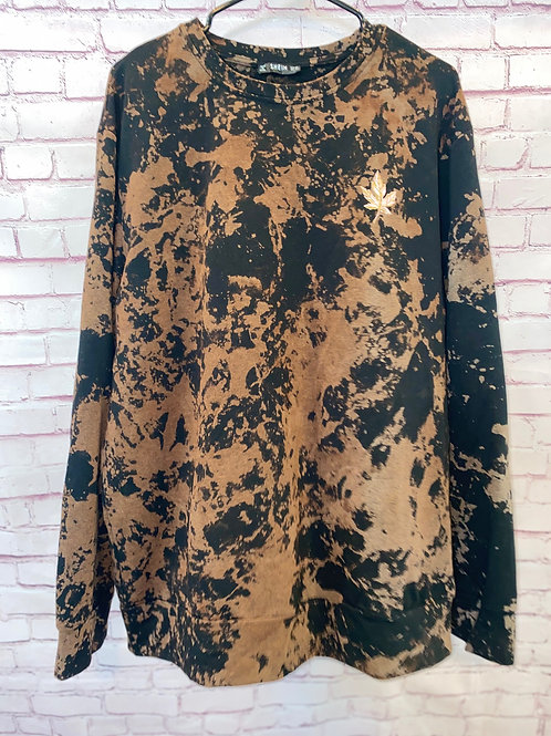 Bleached leaf pullover