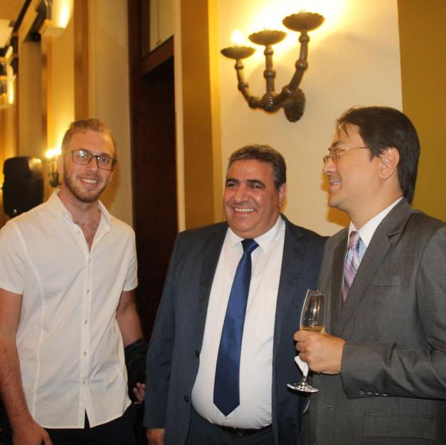 פגישה עם נשיא לשכת המסחר ירושלים ושגריר הפיליפינם בישראל