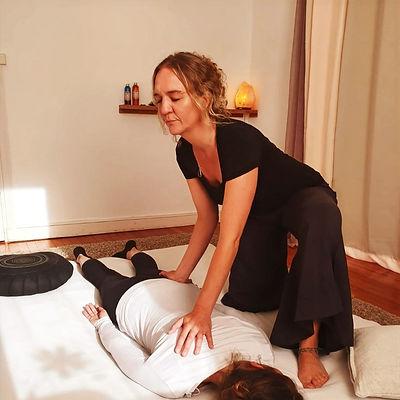Shiatsu @Satori Massages.Claire Laperdrix