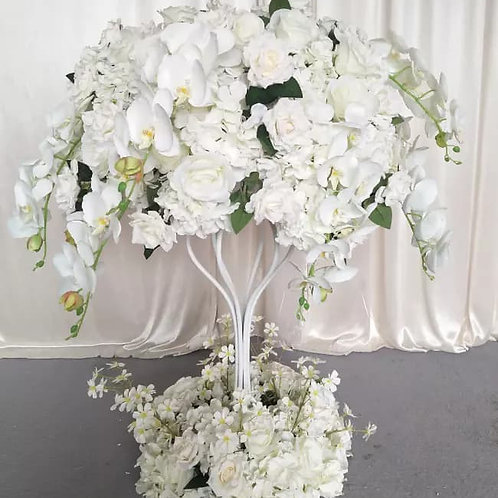 Silk Ivory floral artificial centerpieces with matching wreath