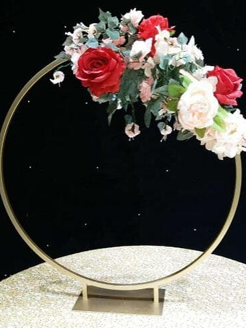 Hoop centerpiece/Wedding Floral Hoop / Metal Gold centerpiece/ Floral hoop