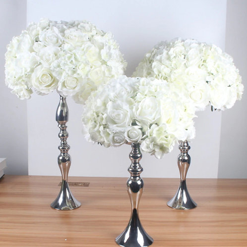 Silk floral artificial centerpieces / White flowerball