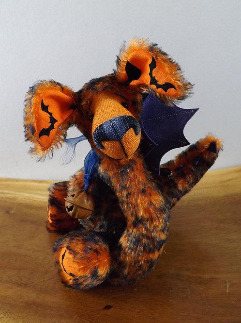 'Smouldering Ember' Halloween Dragon