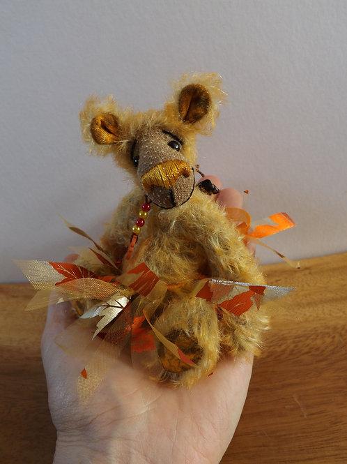 Autumn Mini Bear 'Amber'