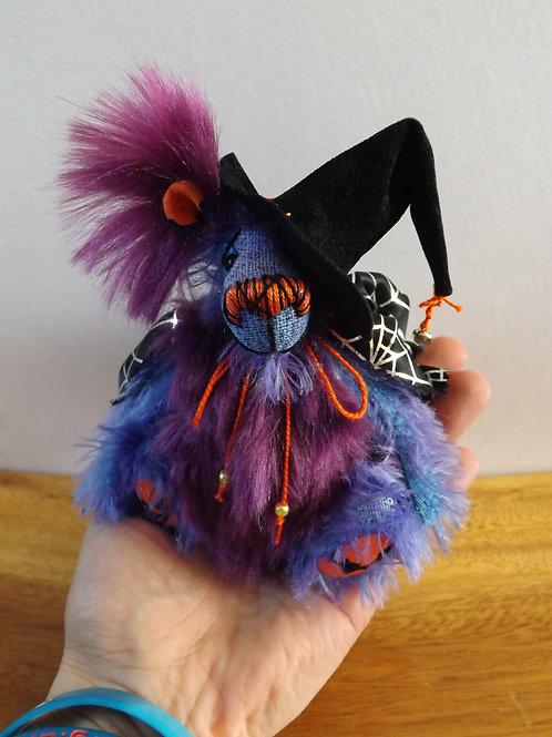 Mini 'Esmerelda Hallow'
