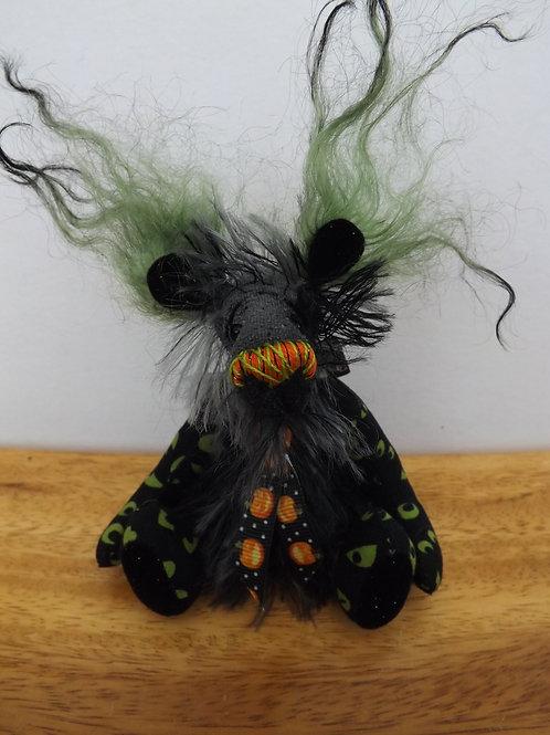 Mini 'Spooky Peeper'