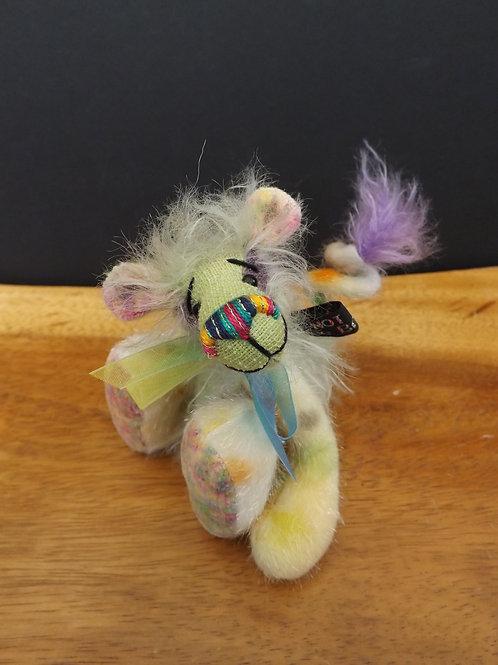 Mini Spring Tailed 'Splodge'