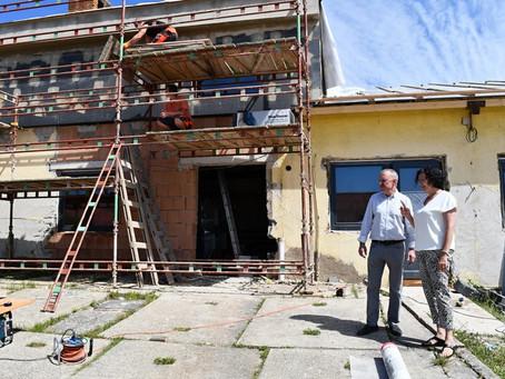 O tradiční obory je v Žamberku zájem, kraj opravuje dílny