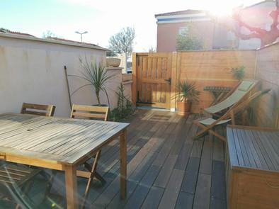 Terrasse en bois équipée