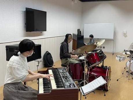 zing music lab地方進出?!