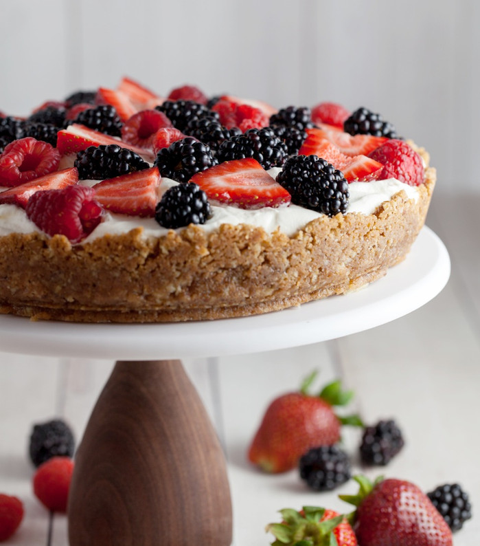 Berries and Cream Pie