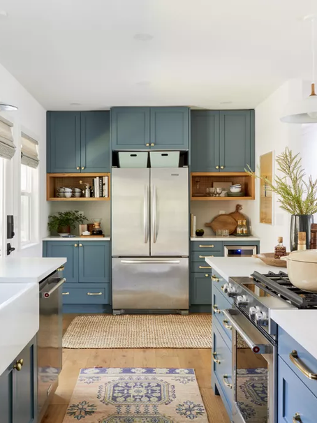 Step Inside a Well-Appointed Kitchen Made Even Better By a Surprise $25 Design Hack - MyDomaine