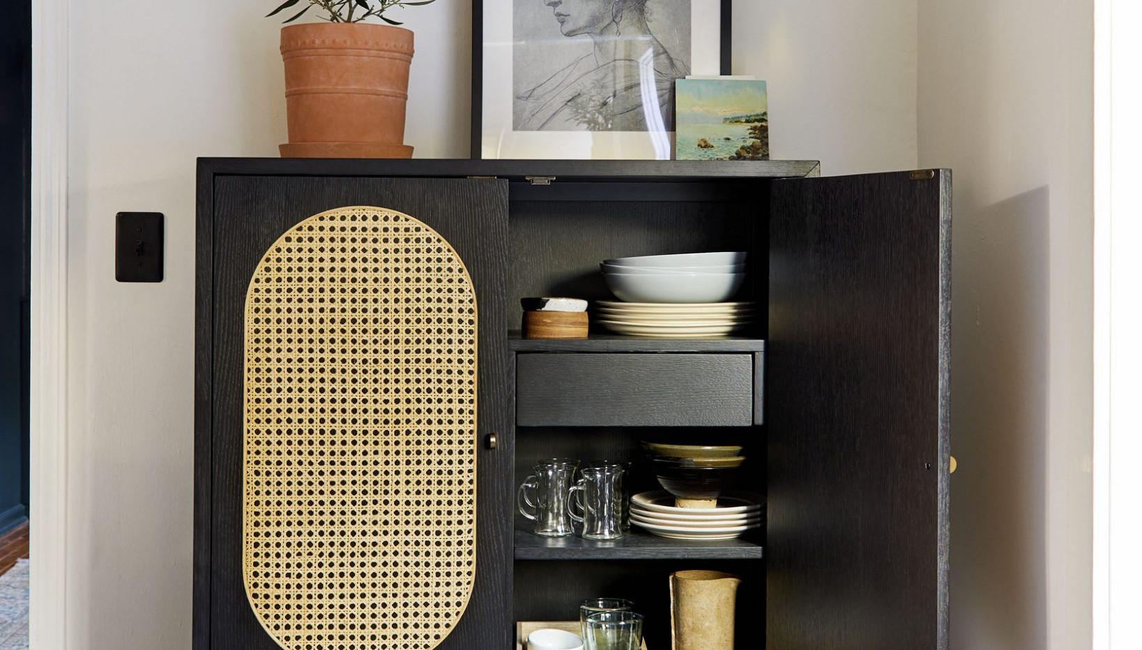 Sara-Tramp-Living-Room-Dining-Room-TV-Ro