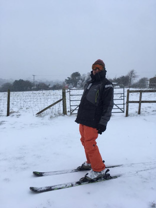 Skiing in the snow 2018.jpg