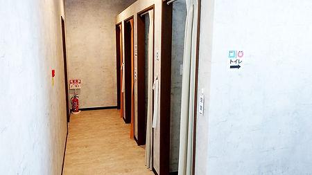 南久米店更衣室.jpg