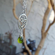 Om with Peridot