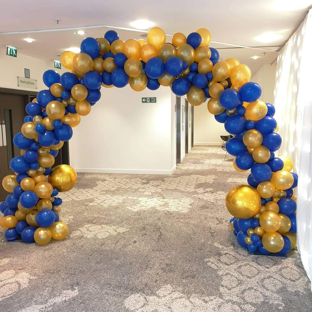 Organic balloon Arch from We Love Ba