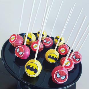 Batman and Spiderman  Cakepops