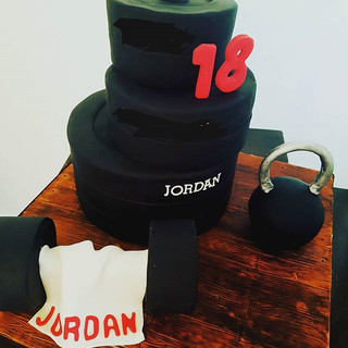 Weights Gym Junkie Cake