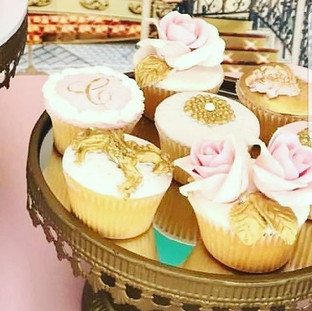 Unicorn Gold Pink Flower Cupcakes