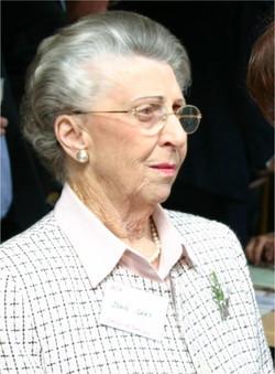 Joan Gray at the Glenmore Hotel 2006