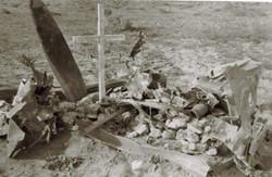 Grave of RAAF Airman Nth Africa