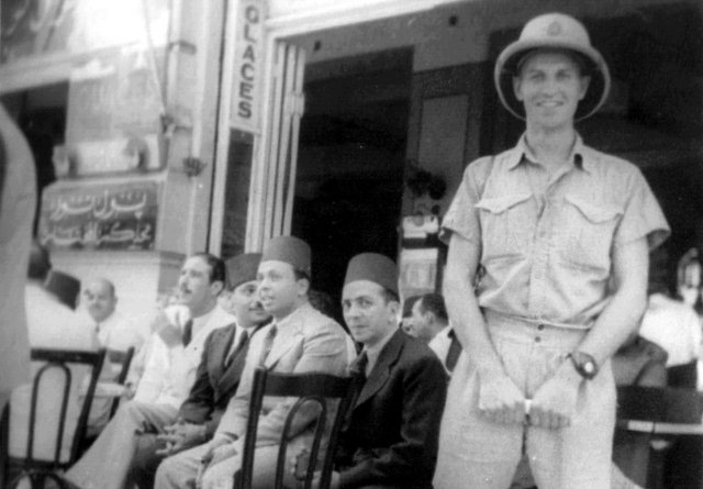 001 Bill Penn - Cairo - Aug 1941