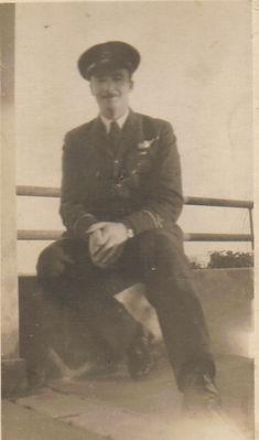 Flying Officer W.E.Robinette June 1945.j