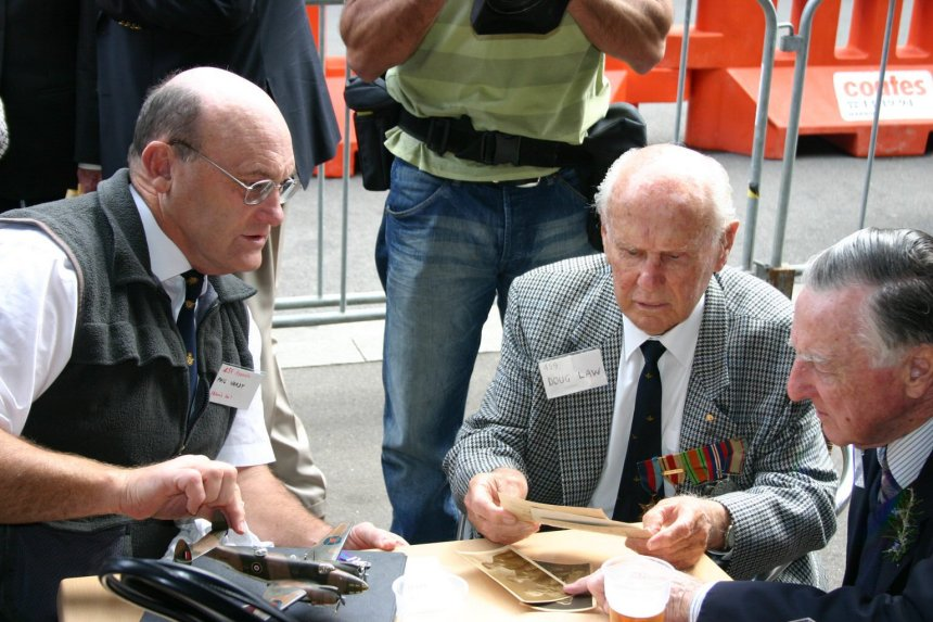 Phil Vardy & Doug Law Anzac Day 2006 photos