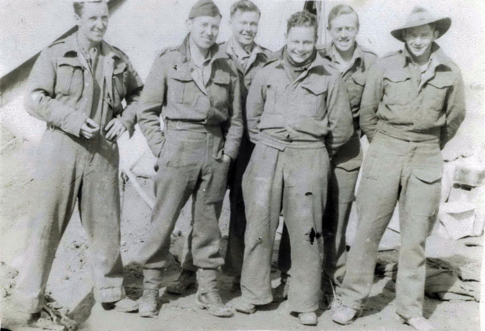 Gambut Jan 1944 - Group of Aussie friends