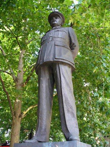 RAF Arthur Harris Head of Bomber Command 1942-5