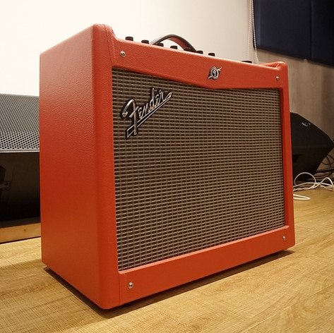 Fender MUSTANGⅢ